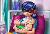 لعبة رضاعة الام لأطفالها التوائم الحقيقية